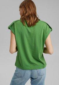edc by Esprit - Basic T-shirt - green - 2