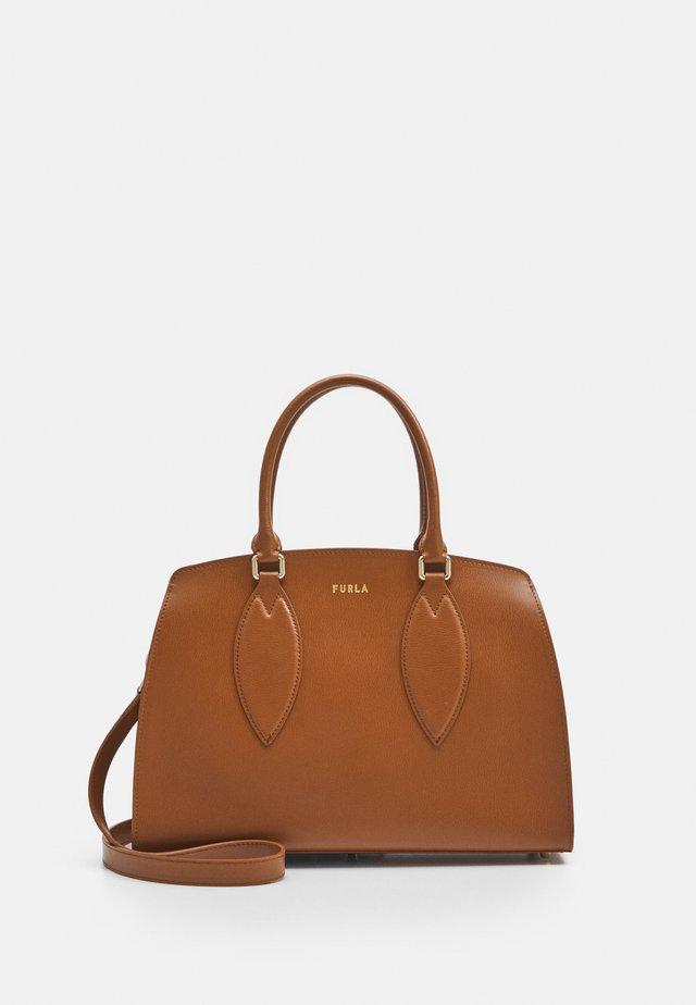 DORIS TOTE - Handbag - cognac