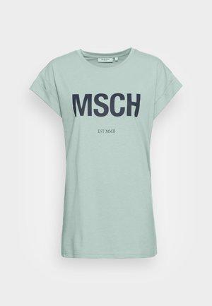 ALVA  SEASONAL TEE - T-shirts med print - blue/sky cap