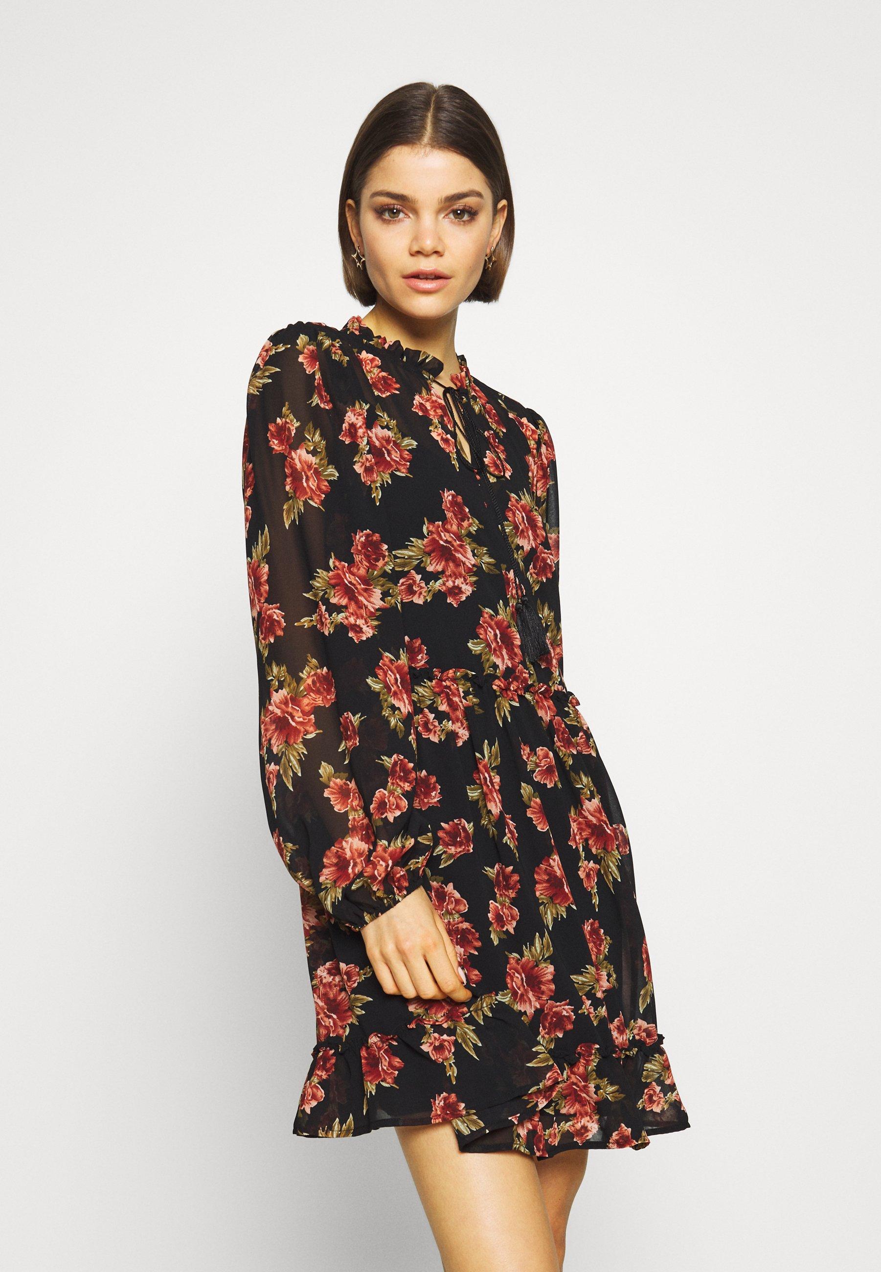 flowy mini dress - freizeitkleid - black/red flowers