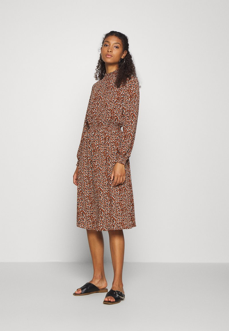 ONLY - ONLNOVA LUX SMOCK BELOW KNEE DRESS - Kjole - tortoise shell