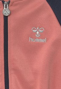Hummel - LINE ZIP UNISEX - Sportovní bunda - black iris - 2