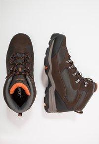 Hi-Tec - STORM WP - Chaussures de marche - dark chocolate/dark taupe/burnt orange - 1