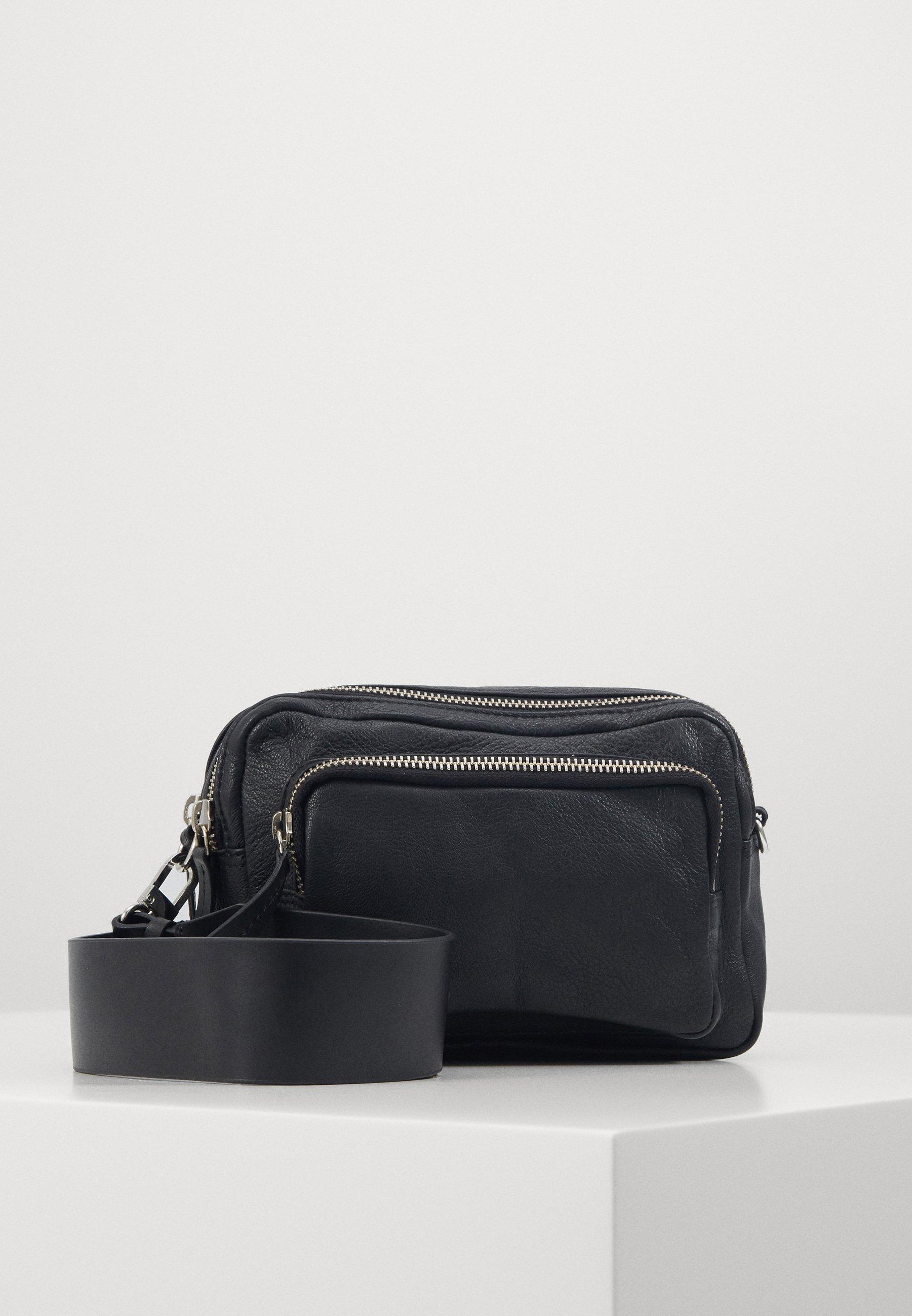 crossbody väska zalando