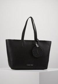 Calvin Klein - Håndveske - black - 0
