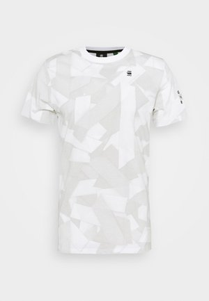 TAPE CAMO AOP ROUND SHORT SLEEVE - T-shirt con stampa - cool grey