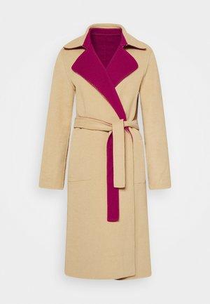 Zimní kabát - pink/beige