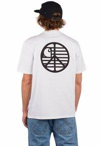 Carhartt WIP - Print T-shirt - white black - 0