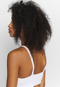 Weekday - TYRA SOFT - Bustier - white - 3