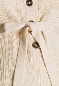 MAMALICIOUS - MLOVA LIA - Sweter - parchment - 2