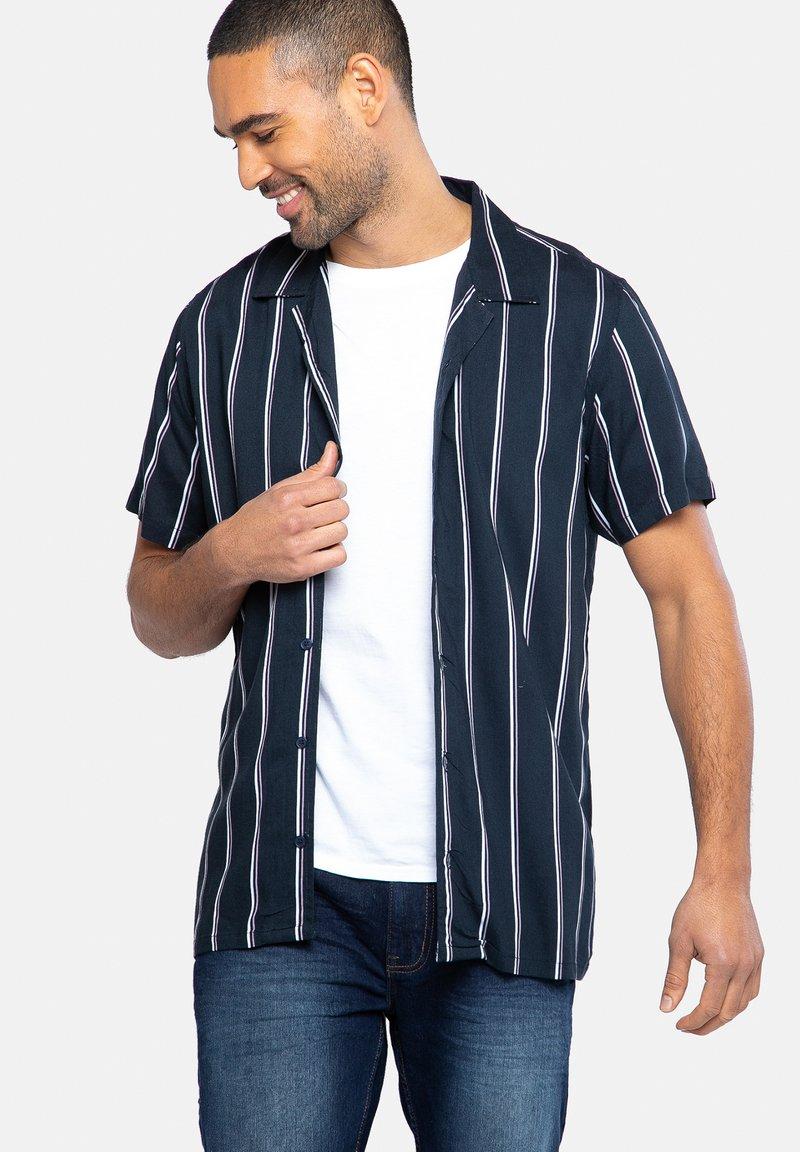 Threadbare - Camisa - blau