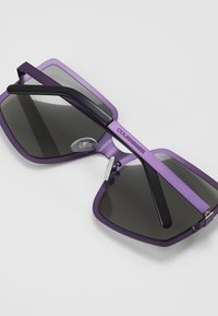 Courreges - Sunglasses - violet/grey - 4