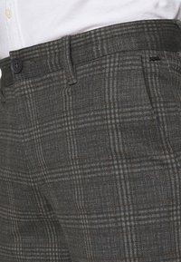 Only & Sons - ONSMARK - Shorts - dark grey melange - 5