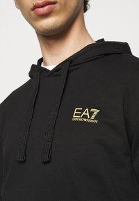 EA7 Emporio Armani - Sweat à capuche - black/gold - 4