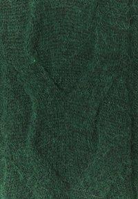 Esprit - BIG CABLE - Jumper - dark green - 2