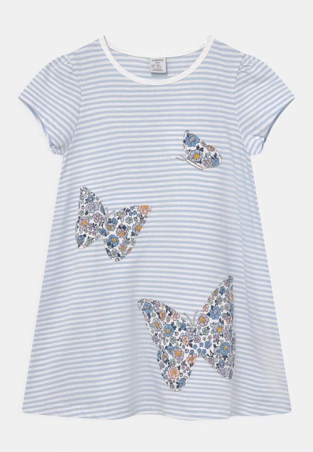 MINI BUTTERFLIES - Print T-shirt - light blue