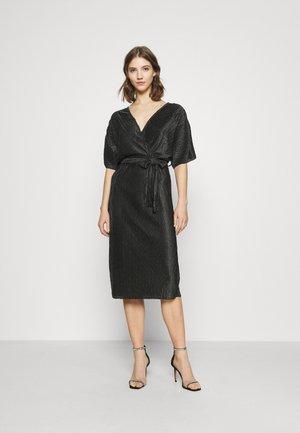 YASOTOLINDA MIDI DRESS - Korte jurk - black