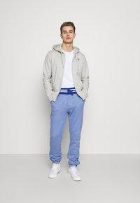 Schott - Zip-up hoodie - heather grey - 1