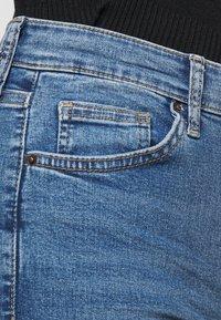 Topshop Petite - JAMIE CLEAN - Jeans Skinny Fit - blue denim - 4