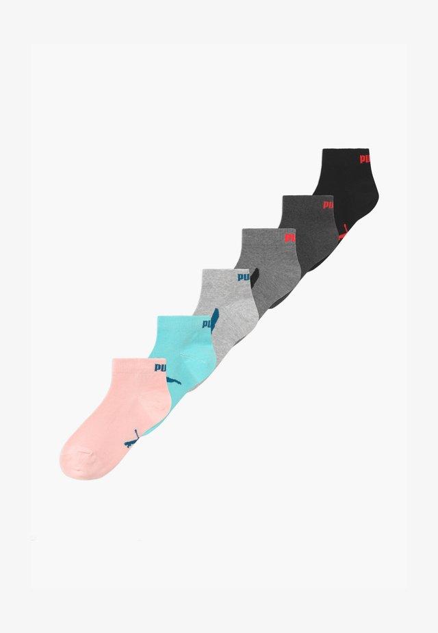 BOYS SEASONAL LOGO 6 PACK - Socks - grey/black