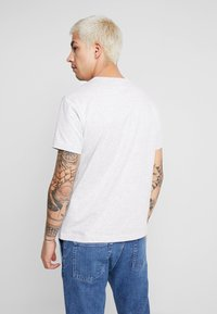 Champion Reverse Weave - SHORT SLEEVE TEE - Print T-shirt - light grey