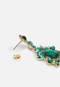 Pieces - PCSARALINN EARRINGS  - Ohrringe - gold-coloured/green - 1