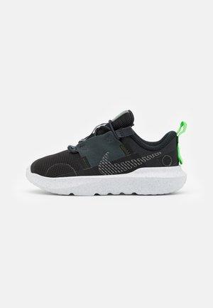 CRATER IMPACT UNISEX - Trainers - black/iron grey/off noir/dark smoke grey/mean green/white