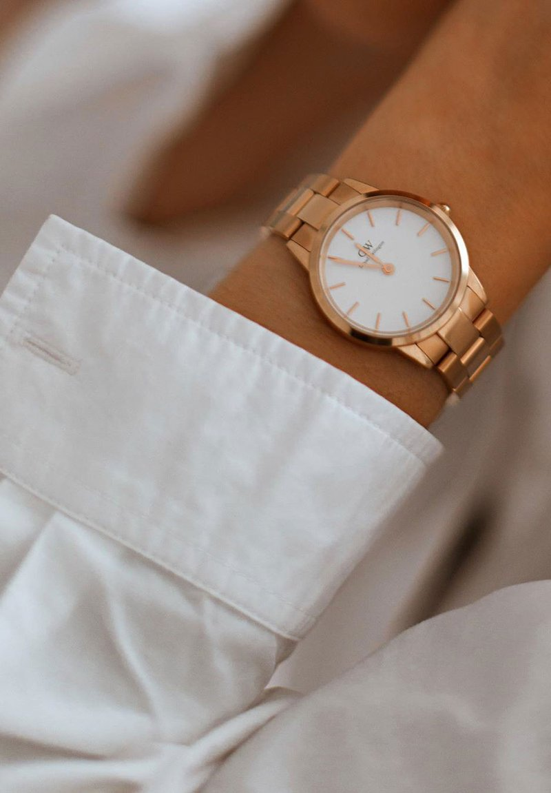 Daniel Wellington - ICONIC LINK 32mm - Watch - rose gold