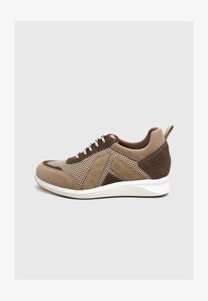 Zapatillas - beige