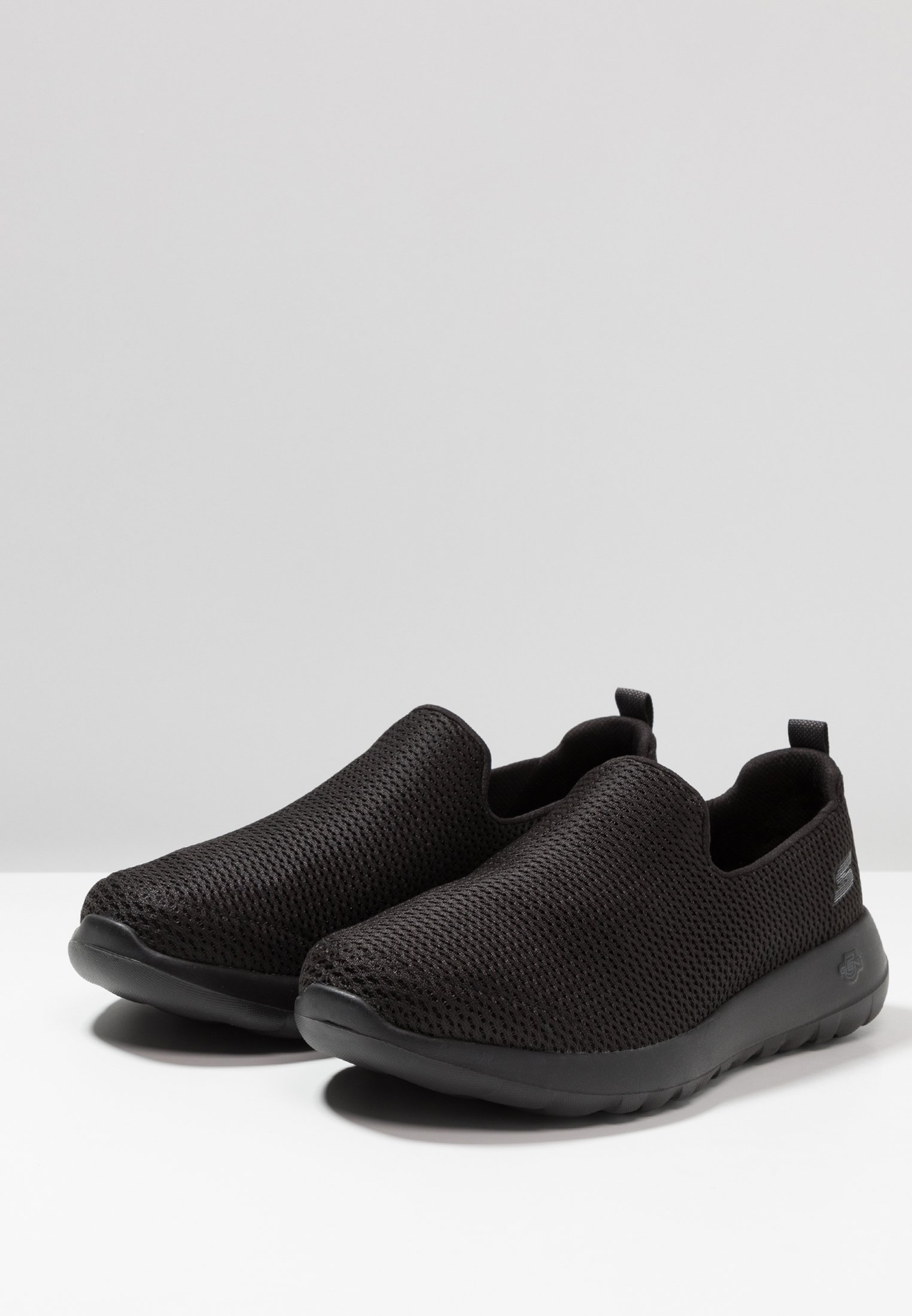 Super Recommend Discount Men's Shoes Skechers Performance GO MAX Walking trainers black K3psVPqmV Wppt0Og6l
