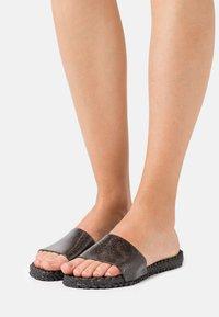 Ilse Jacobsen - CHERI - Pantofle - black - 0