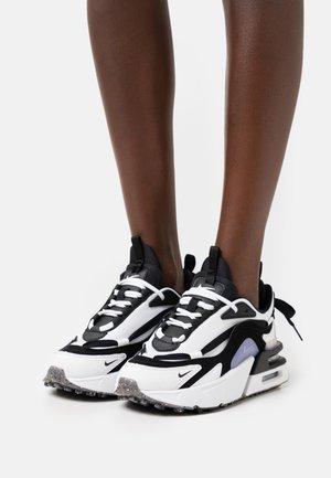 AIR MAX FURYOSA - Trainers - black/summit white
