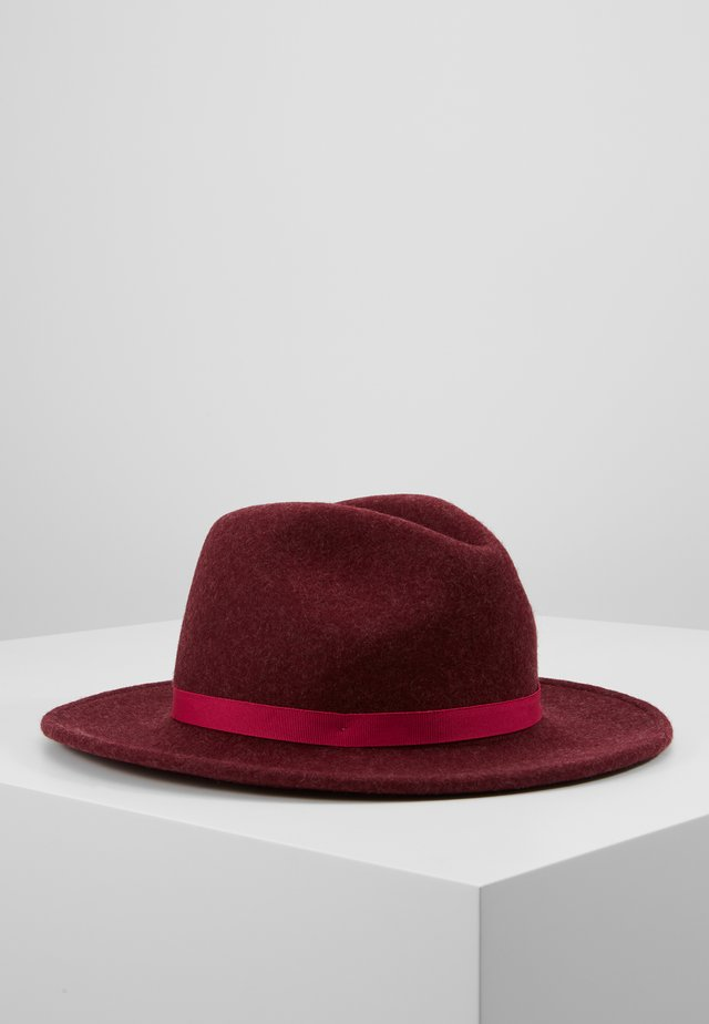 WOMEN HAT FEDORA - Hat - bordeaux