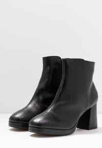 Topshop Wide Fit - WIDE FIT EDDIE PLATFORM BOOT - High heeled ankle boots - black - 4