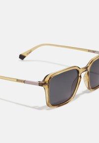 Polaroid - Sunglasses - beige - 2