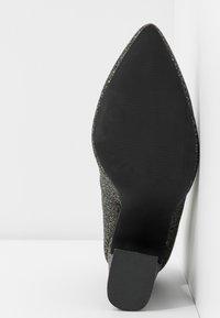Even&Odd - Zapatos altos - black/multicoloured - 6
