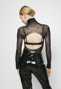 NA-KD - BODY - Long sleeved top - black - 2