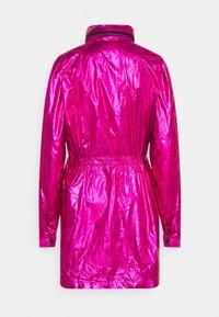 KARL LAGERFELD - IKONIK - Parka - metallic pink - 1