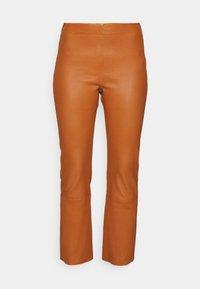 CEDAR PANT - Leather trousers - honey