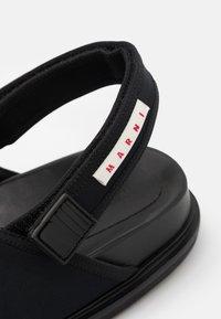 Marni - FUSSBETT SHOE - Sandales - black - 5