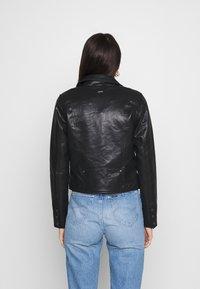 Pepe Jeans - FLORES - Faux leather jacket - black - 2