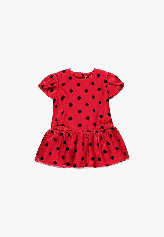 Robe d'été - berry