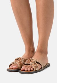 River Island Wide Fit - Mules - brown - 0