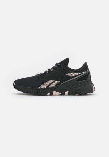 NANOFLEX TR - Sports shoes - core black/frost berry/quartz metallic