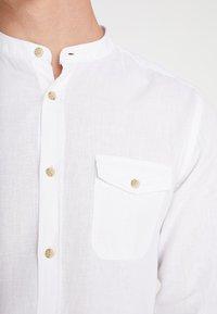 Burton Menswear London - GRANDAD - Shirt - white - 5