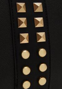 Steve Madden - BHARVEY TOTE - Tote bag - black/gold-coloured - 3