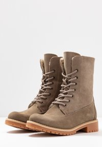 Tamaris - Boots - Lace-up ankle boots - taupe - 4