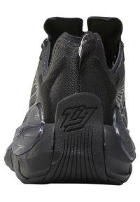 Reebok Classic - ZIG KINETICA II UNISEX - Sneakersy niskie - black/grey - 8