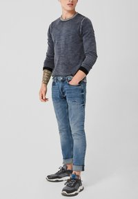 Q/S designed by - RICK SLIM - Slim fit jeans - blue denim stone - 3