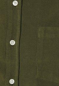forét - MOSS SHIRT - Shirt - army - 7